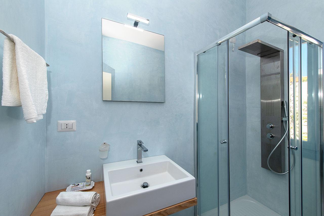 Foto bagno Camera Corallo Asinara 2
