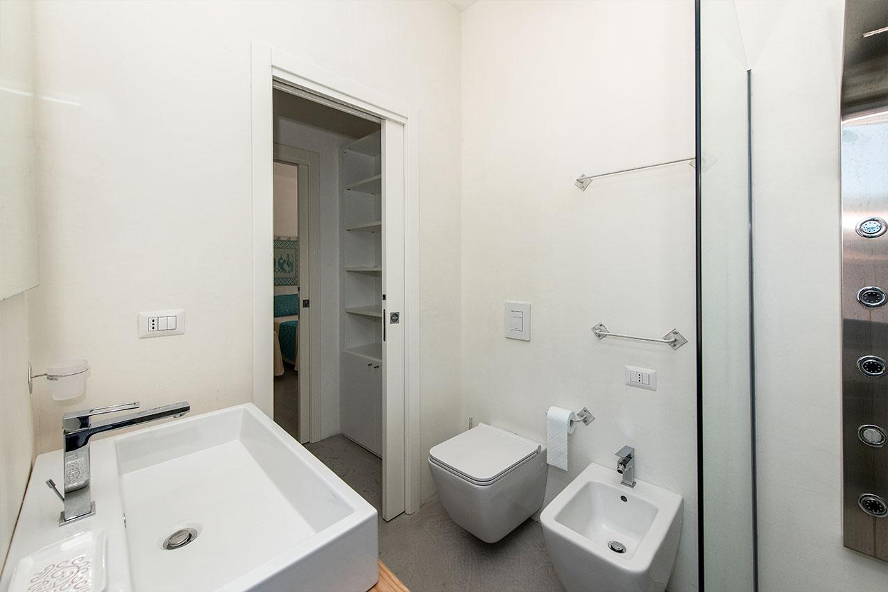 Bagno camera Pavoni Asinara 1